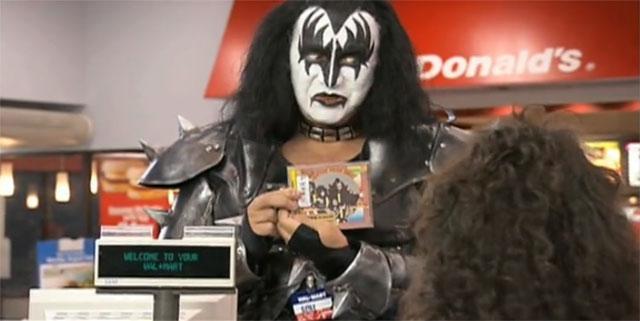 Kiss jobbar på Wallmart