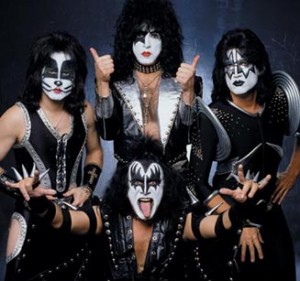 Kiss lägger till turnédatum i Budapest