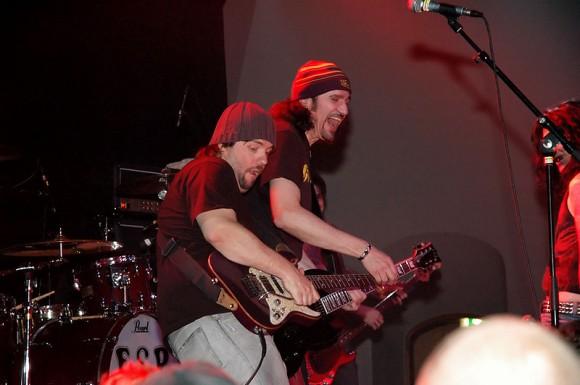 Tommy Denander och Bruce Kulick på Mondo i Stockholm i våras. Foto Marko Rouvinen
