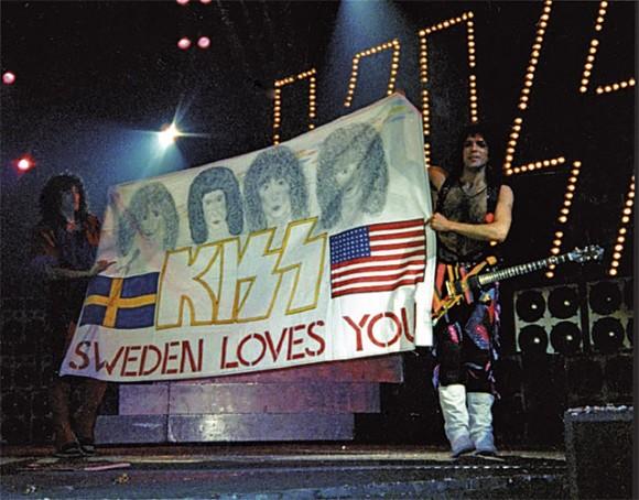 resa fnask kissing i Stockholm