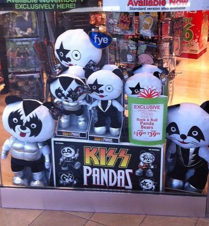 KISS Pandas…