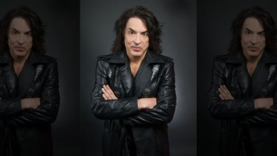 paul stanley arms folded