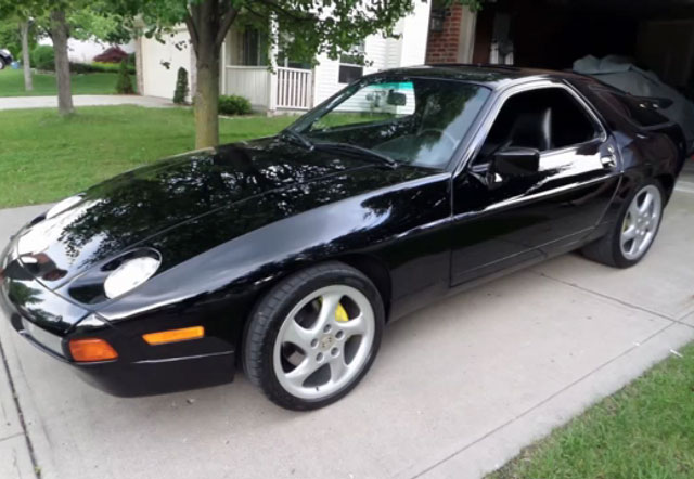 Paul Stanleys Porsche 928 från 1988