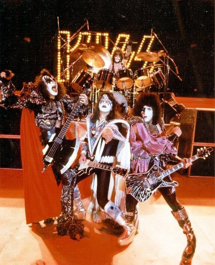 Largo 35 år – Return of Kiss