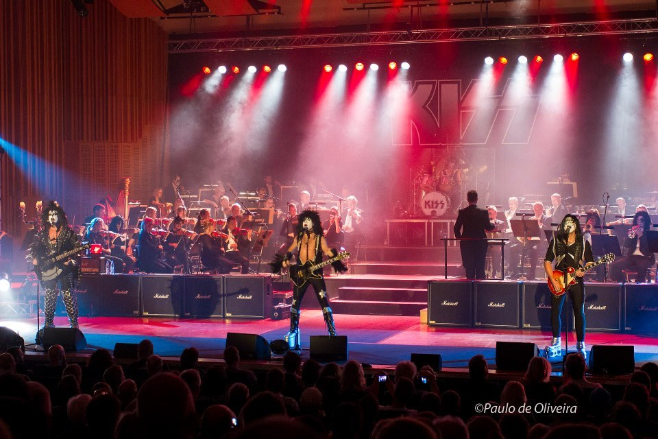 Dressed To Thrill live i Lund….