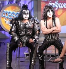 "KISS PÅ ""ACCESS HOLLYWOOD"""