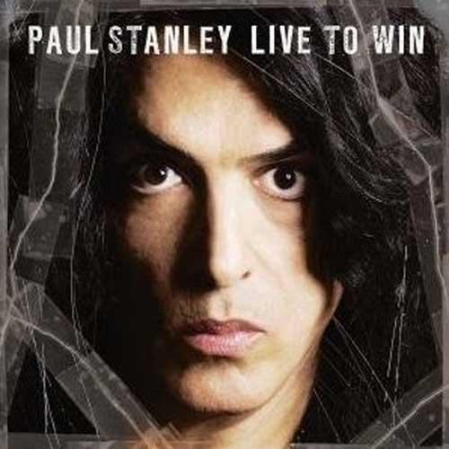 Live to Win – En soloartist att räkna med