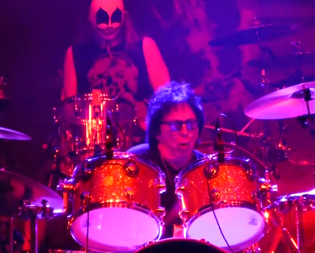 """God of Thunder"" med Rob Zombie & Peter Criss"