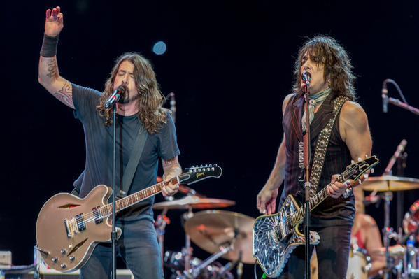 Paul gästade Foo Fighters igår…